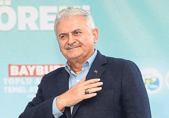 Başbakan Binali Yıldırım, İzmir'deki 3 yeni stadın temelini attı