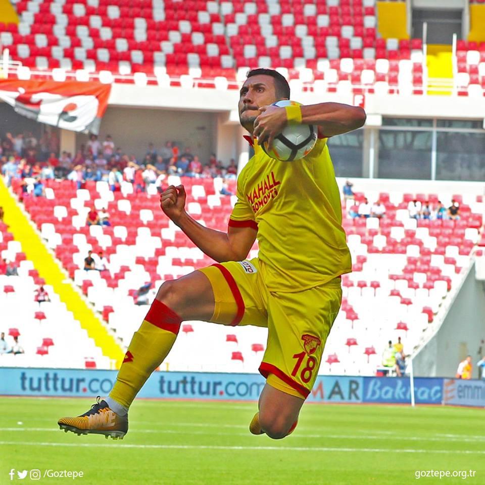 Göztepe'de Jahovic'e erken sözleşme