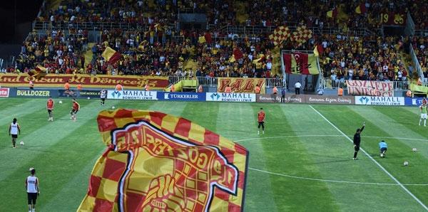 Süper Lig'de stadyumların doluluk oranları açıklandı.