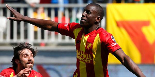 Göztepeli Demba Ba'ya Senegal Milli Takımı Yolu Açıldı