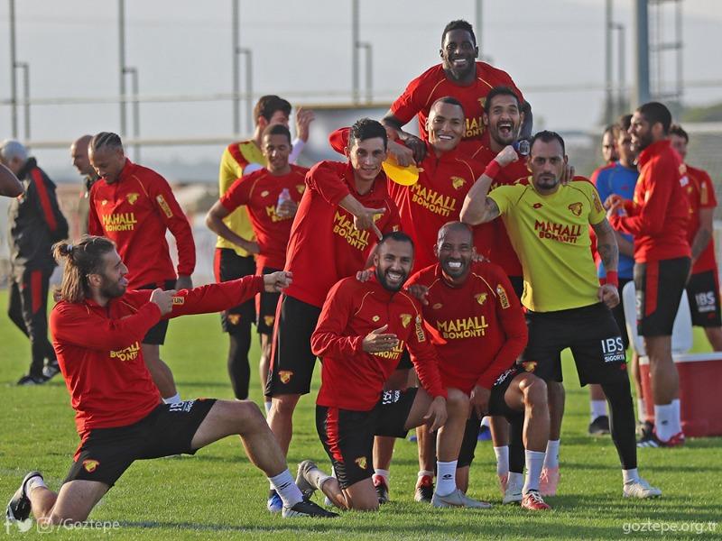 Süper Lig'de yarın Beşiktaş'ı konuk edecek Göztepe'miz, müsabakanın hazırlıklarını tamamladı.