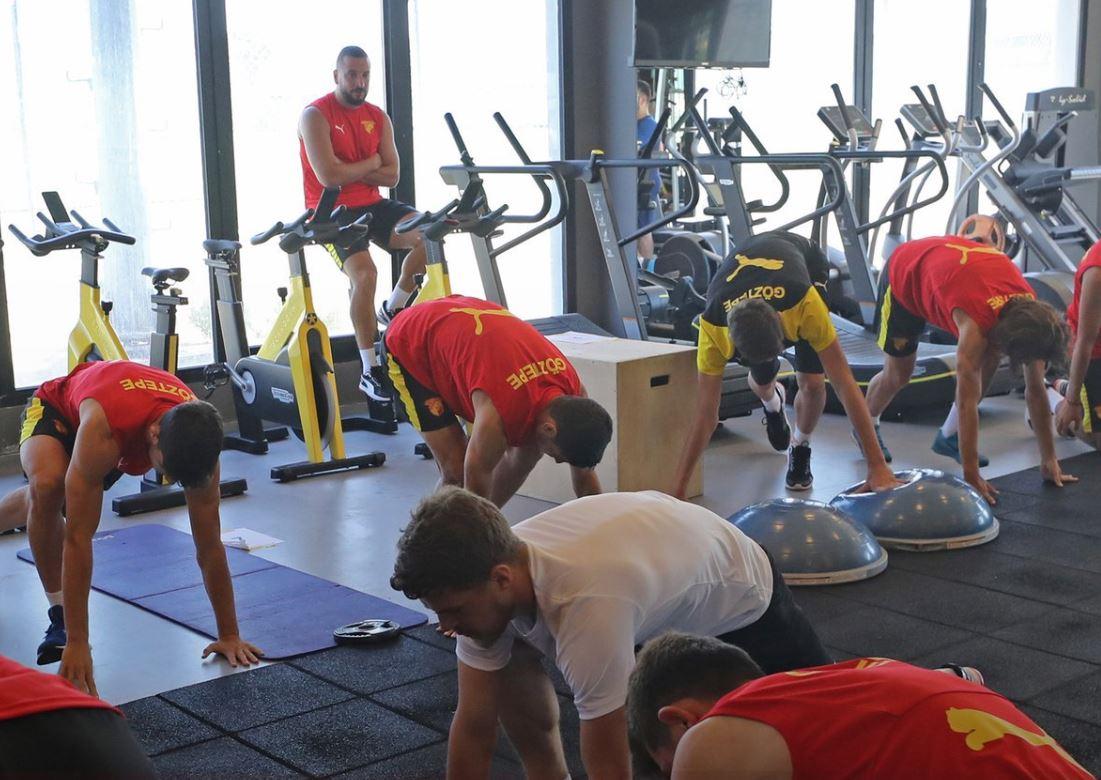 Ghilas Göztepe'yi Uefa'ya Şikayet Ediyor